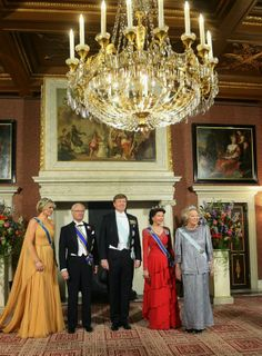 MYROYALS &HOLLYWOOD FASHİON: King Carl Gustaf and Queen Silvia Visit The Netherlands - Day 1-State Reception, April 4, 2014-Queen Maxima, King Carl Gustaf, King Willem-Alexander, Queen Silvia, Princess Beatrix