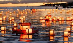Now I really want to see the floating lanterns! Lantern Festival - Honolulu, Hawaii pinned with Bazaart Dream Vacations, Vacation Spots, Oh The Places You'll Go, Places To Travel, Ultra Music Festival, Beautiful World, Beautiful Places, Floating Lanterns, Paper Lanterns