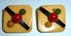 Buttons 5 | Bakelite Museum