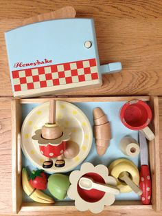 Honeybake breakfast set - painted wooden toys | eBay