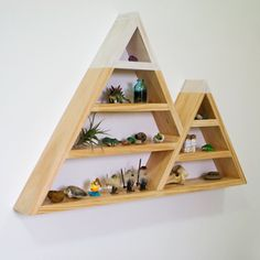Follow this DIY to make yourself some Snowy Mountains inspired triangle shelves.  Great weekend project.