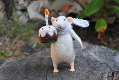 Cute needle felt mouse felted animal Plush miniature Wool mouse Art doll Gift…