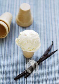 Pora coś zjeść - apetyczny blog kulinarny. Proste przepisy i piękne zdjęcia.: Najlepsze domowe lody waniliowe. Bez mieszania, bez maszynki!
