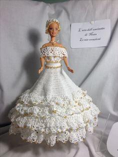 Barbie Bridal, Barbie Wedding Dress, Wedding Doll, Barbie Gowns, Barbie Dress, Wedding Dresses, Crochet Doll Dress, Crochet Barbie Clothes, Barbie Patterns