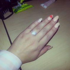 Pointy nail art!