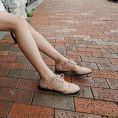 Nude cut-out Oxfords