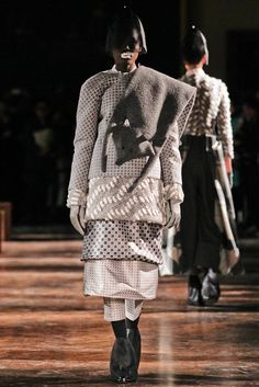 See the complete Thom Browne Fall 2012 Ready-to-Wear collection.