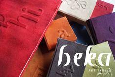 ELEGANCIA QUE VISTE TUS REFLEXIONES: cajas para papel y libretas con telas de acabado gamuza y relieves ornamentales. Obras de Silvana Verdini / ARS IKASIA http://www.arsikasia.com/tienda.html #Relief #Bookbinding #Journals