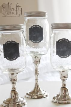 10 Pretty Mother's Day Gifts Using Jars DIY apothecary jars from mason jars – cute ideas for things you can make with mason jars, gifts The post 10 Pretty Mother's Day Gifts Using Jars appeared first on Crafts. Mason Jar Projects, Mason Jar Crafts, Mason Jar Diy, Diy Projects, Mason Jar Candle Holders, Diy Hanging Shelves, Diy Upcycling, Upcycle, Mason Jar Lighting
