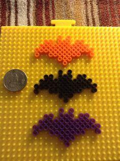 HAMA PERLER BEADS / PERLES, PERLES À REPASSER / STRIJKPARELS, PARELS - BAT / CHAUVE-SOURIS - Bats perler beads by ShigureBlaze