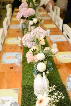 Grass runner and blooms + guest table from a Peter Rabbit Garden Birthday Party on Kara's Party Ideas   KarasPartyIdeas.com (21)