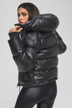 Moncler Jacket Women, Shiny Leggings, Puffy Jacket, Polar Fleece, Petite Fashion, Black Fabric, Jackets For Women, Leather, Nylons