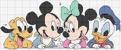 Personaggi della Disney al punto croce