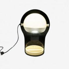 Lampe Telegono noire Vico Magistretti, années 70 à retrouver sur Kolectiv Design
