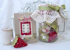 Melissa's pin cushion gift set - with links to Martha Stewart templates and instructions