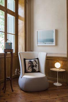 Modernes schlafzimmer braun  modernes schlafzimmer wand dekorieren tapete braun creme tropfen ...