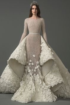57 Stunning Wedding Dresses With Detachable Skirts - wedding dress with detachable skirt,detachable wedding dress train,wedding dress with detachable ov - Couture Wedding Gowns, Couture Dresses, Bridal Dresses, Fashion Dresses, Wedding Jumpsuit, Wedding Dress Train, Stunning Wedding Dresses, Beautiful Gowns, Dress Dior