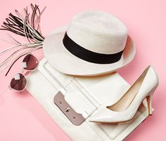 I can't seem to resist straw hats and a nice pointed toe heel :)