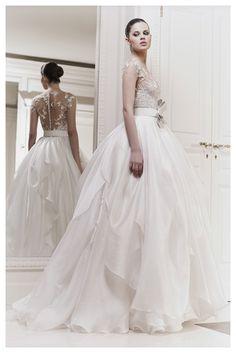 zuhair murad wedding dress...the back of this dress (YESSSSSSSSSSSSSSSS!)