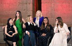 Cate Blanchett, Sandra Bullock, Anne Hathaway, Sarah Paulson, Mindy Kaling and Awkwafina, Ocean's 8 presscon Jennifer Garner, Jennifer Aniston, Ocean's 8 Cast, Ocean's Eight, Girl Pictures, Girl Pics, Oceans 8, Top Celebrities, Rachel Weisz