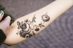 Amazing black and white floral tattoo. Never been interested in gray tattoos before but this is #tattoo design| http://awesometattoophotos.blogspot.com