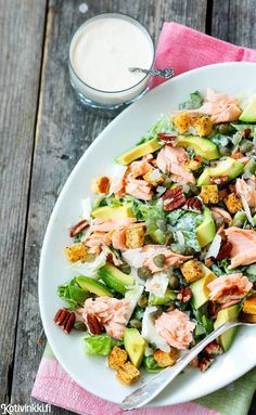 Caesar-salaatti saa - My Foodie Group Healthy Eating Recipes, Raw Food Recipes, Healthy Cooking, Lunch Recipes, Salad Recipes, Chicken Recipes, Cooking Recipes, Clean Eating, Salad With Sweet Potato