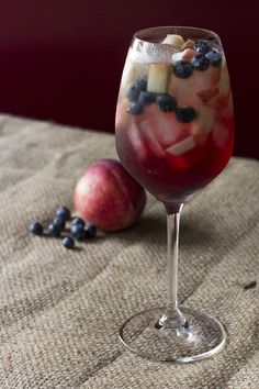 white-peach-sangria