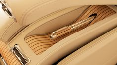 Bentley Mulsanne executive interior - pen holder- risky having a pen in this car!