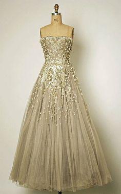 Glamorous Glitter Wedding Dresses Design Ideas 1