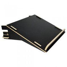 De Werkhaus boekenstandaard is gemaakt van laser-gezaagde MDF platen die worden voorzien van een hoogwaardige digitale fotoprint...
