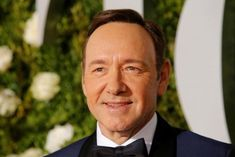 Masseur sues Kevin Spacey over alleged sexual assault in 2016 Frank Underwood, Kevin Spacey, House Of Cards, Social Bar, Michelle Yeoh, Movie Talk, Veronica Lake, The Encounter, Job Fair
