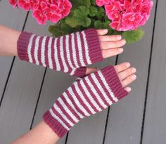 Hand made by Aino P. Fingerless Gloves, Arm Warmers, Handmade, Fingerless Mitts, Hand Made, Fingerless Mittens, Handarbeit