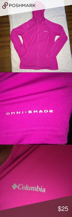 Columbia dri fit zip up Great fuchsia punk color. Zip up front omni shade omni wick Columbia hooded dri fit. Excellent condition Columbia Tops