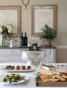Looking for an elegant and easy way to entertain this holiday season? This holiday wine and appetizer party looks super chic and it can be thrown together in under a couple of hours!--->#maisondecinq holidayentertaining holidayparty wineandcheese wineandappetizers appetizerparty appetizers christmasparty christmasentertaining wine ChalkHillwines appetizerrecipes