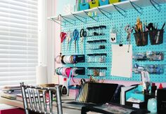 47 Easy Ways to Get Organized Making Use of DIY Pegboard – Quixotic Quilts Pegboard Craft Room, Pegboard Organization, Kitchen Pegboard, Organization Ideas, Craft Rooms, Storage Ideas, Studio Organization, Classroom Organization, Storage Solutions