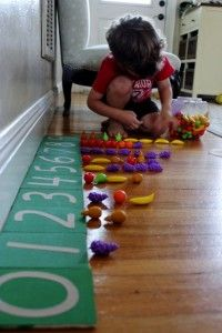 "Sandpaper numbers & counting manipulatives ("",)"