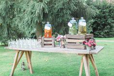 Limobar, Jars, Papierstrohhalme, Holzkisten, Hochzeit Gartenhochzeit Scheunenhochzeit Marburg