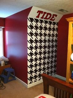 Roll Tide Houndstooth Mural
