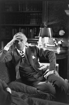 Il fotografo Cecil Beaton in Gran Bretagna di Henri Cartier Bresson 1951