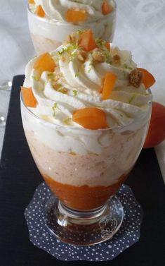 Mousse Abricot Mascarpone   Gourmandise Assia Cold Desserts, No Cook Desserts, Sweet Desserts, Just Desserts, Sweet Recipes, Delicious Desserts, Dessert Recipes, Yummy Food, Creme Dessert