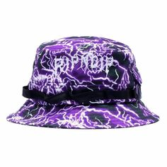 Stand out with the new Rip N Dip Nikola Boonie Bucket Hat. This one size fits most bucket hat is made of 100% premium cotton material for a comfortable wear. Rip N Dip, Skateboard Fashion, Aviator Hat, Textiles, Diamond Supply, Thrasher, Ear Warmers, Hats For Men, Caps Hats
