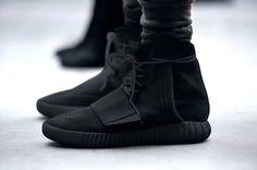 cf1bf508672 ADIDAS MENS YEEZY BOOST 750  TRIPLE BLACK  -BB1839 Amazon.com Price  · Nike  Shoes ...