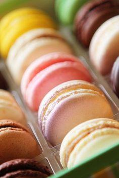 DIY Pastel Macaron Gift Box, Colorful Macarons Box, DIY Food Crafts, Pastel Food Ideas#valentines day