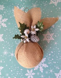 Now what's so hard about making these? Burlap Christmas Ornament