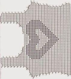 Häkelmuster Fundgrube: Top mit Herz aus Pailletten im Filethäkelmuster