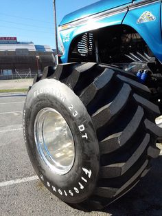 Good looking tire!