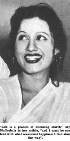 Venus of Indian Cinema. Bollywood Stars, Bollywood Fashion, Bollywood Actress, Rare Photos, My Photos, Asian Photography, Bollywood Pictures, Vintage Bollywood, Beautiful Figure