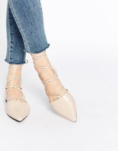 fb0097a194cda Image 1 of Senso Gordon Nude Leather Ghillie Pointed Toe Shoes Nude  Sandals