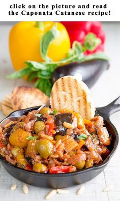 The Sicilian Caponata is one of the most popular Italian appetizers, here the history and 4 tasty recipes of a true delight! Sicilian Caponata Recipe, Tapas Recipes, Canning Recipes, Italian Appetizers, Cold Appetizers, Pot Pasta, Italian Dishes, Italian Foods, European Dishes
