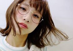 丸メガネ かわいい コーデ Bangs And Glasses, Cute Glasses, Girls With Glasses, Asian Bangs, Nerd Chic, Asian Cute, Cute Beauty, Womens Glasses, Kawaii
